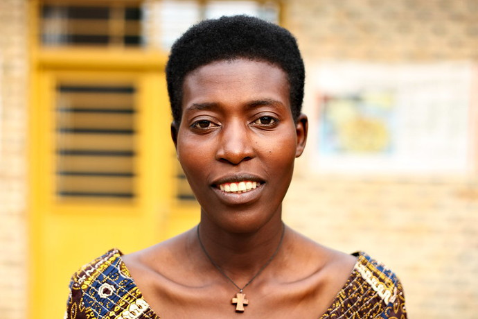 Rose Marie Uwabakunda, from a local Co-op  supply produce to Muhanga Food Processing Industries.Photo: Alan Whelan/Trócaire.