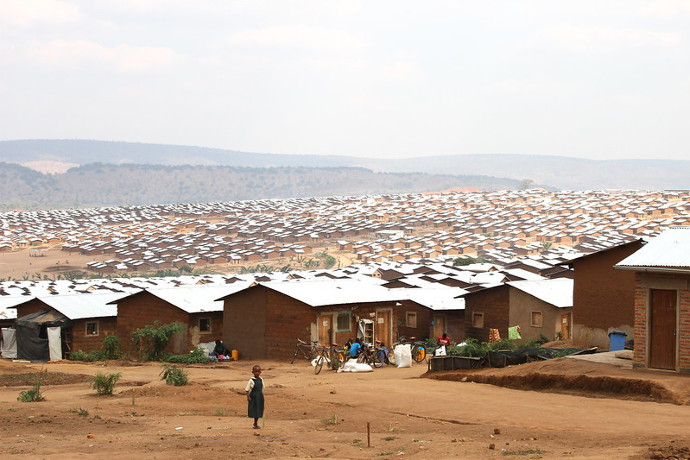 SOSOMA provides food to the Mahama Refugee camp in Kirke district, Eastern Rwanda which houses over 53,000 Burundian refugees.Photo: Alan Whelan/Trócaire.