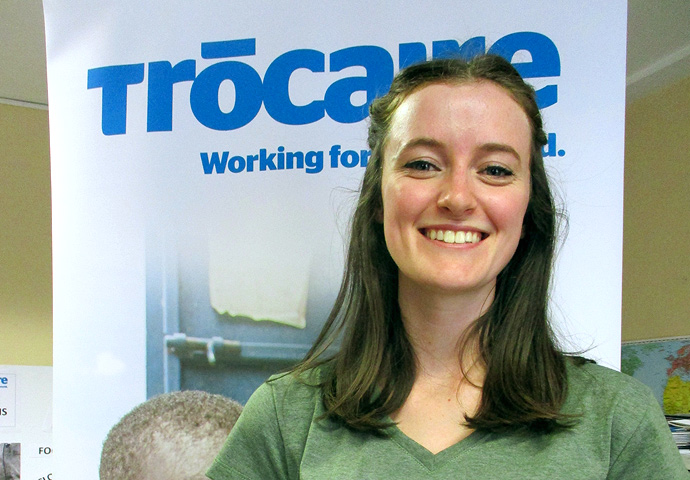 22 year old Jenny Burke volunteers with Trócaire in Cork. Photo : Trócaire.