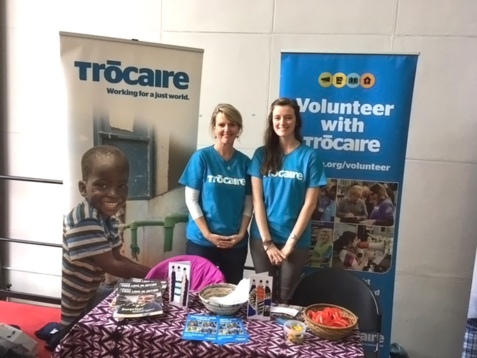 Jenny Burke mans a stand promoting Trócaire's volunteer programme together with Trócaire's Janet Twomey. Photo : Trócaire.