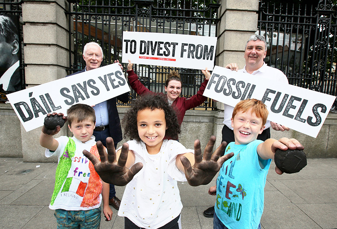 Dail says yes to divest from fossil fuels