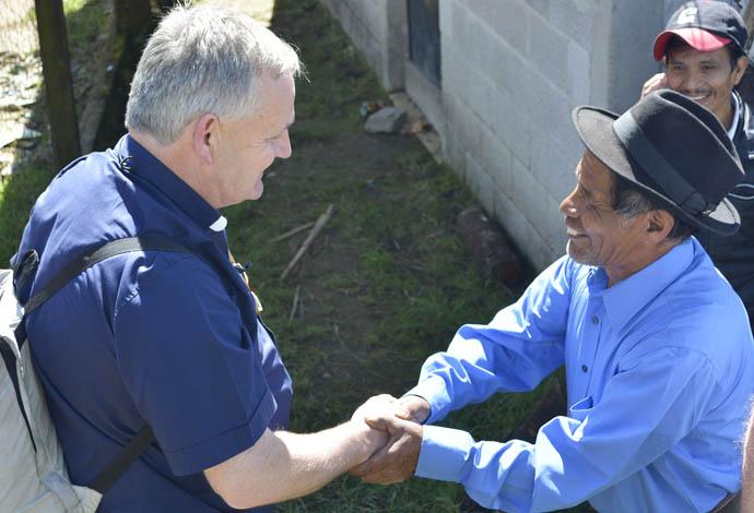 Monsignor Hugh Connolly meets Don Tiburcio Utuy