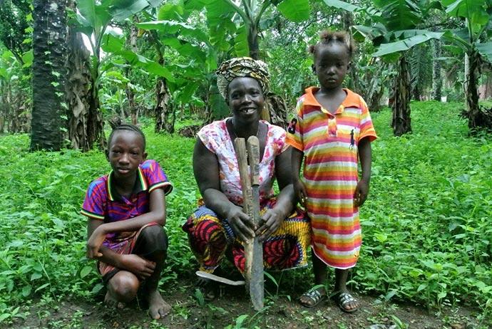 Gudie Kamara and her two children