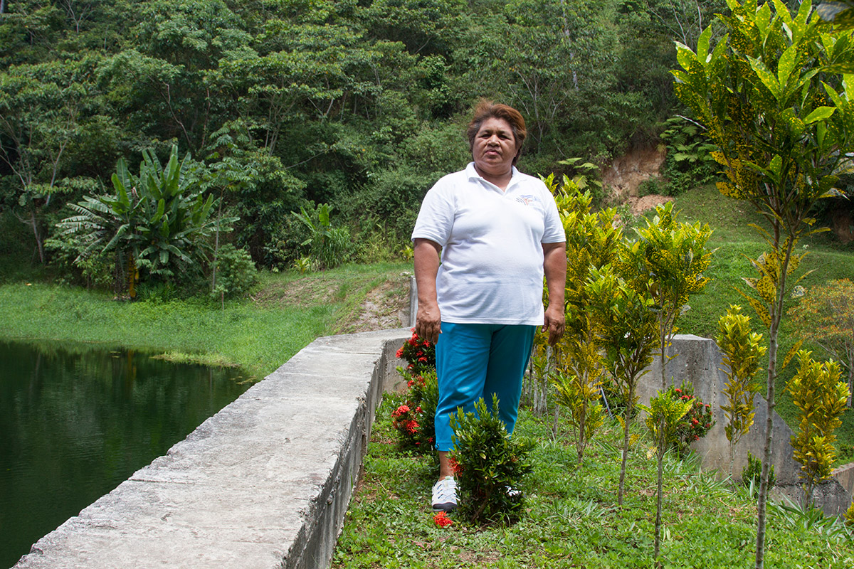 Elena at the Hydroelectric Dam, Omoa