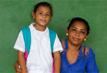 miriam and daughter maria, cuyamel, honduras