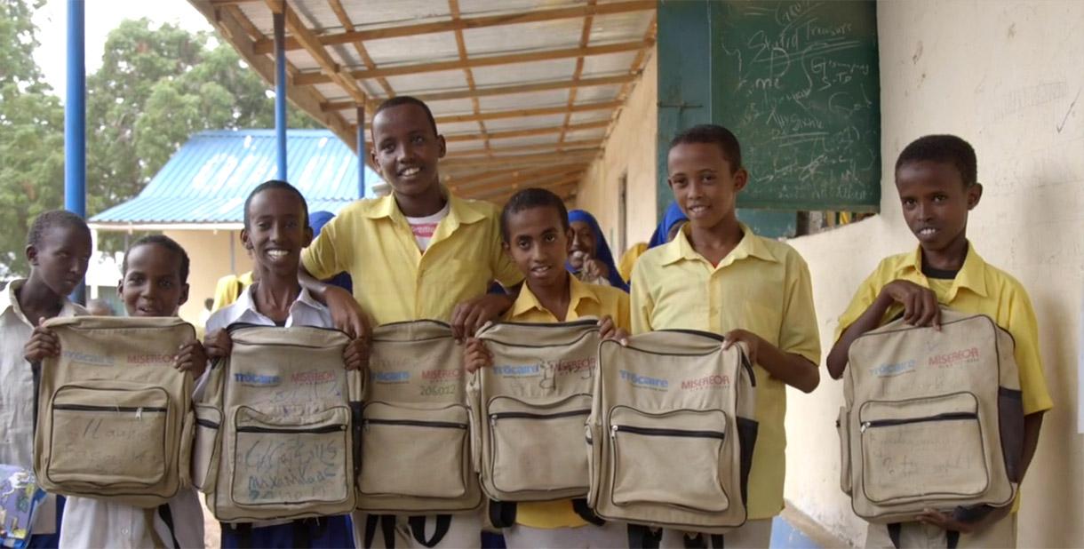 Somalia school children with school bags
