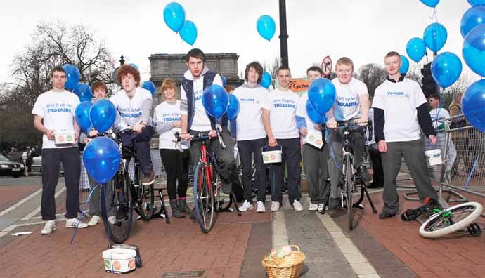 Students from Mac Dara's community college cycled the distance from Ireland to Honduras last year on Grafton Street to raise funds for Trócaire's work overseas. A big thanks to them! Photo: Simon Burch.