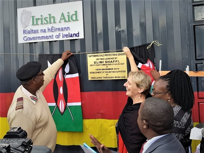 Elmi Shaffi (left) and Eithne Brennan (right) officially launching the Child Protection and Gender Unit at Kaptembwo Police Station, Nakuru. Photo: Trócaire