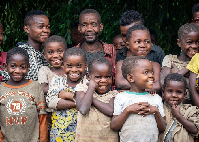 Ebola outbreak ended : children from the mbuti community of bahaha in Ituri province, which was badly affected by the ebola outbreak. Photo : Garry Walsh