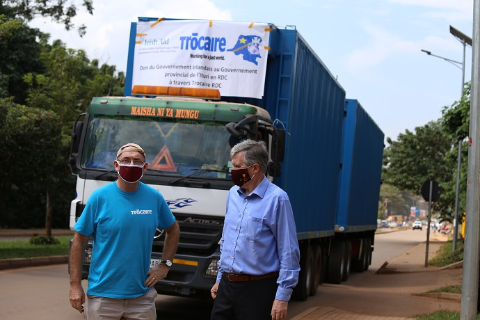 The 40 tonne container of emergency supplies was handed over by Irish Ambassador to Uganda, William Carlos to Trócaire Country Director for Uganda, Ian Dolan. Photo : Trócaire