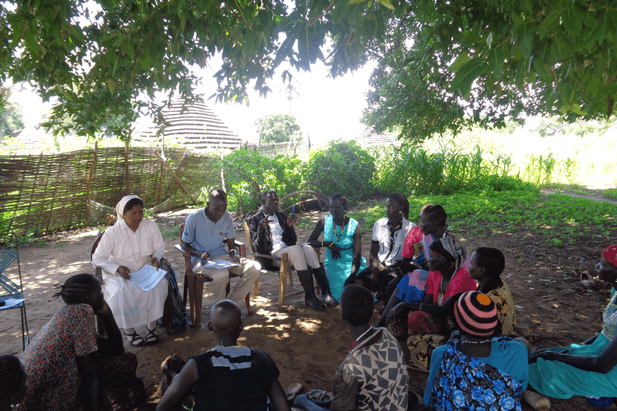 Kumi meeting Trócaire's supported women's groups in Gogrial, Warrap State, South Sudan in May 2019.  Photo credit: CAFOD